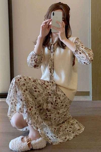 权小威 早秋2021年新款女小香风碎花连衣裙长款马甲毛衣套装裙子两件套